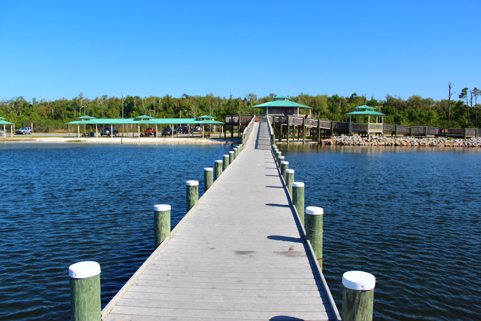 gulf breeze Gulf breeze rv resort offers over 250 rv camping sites with hook-ups, wi-fi access, cable tv, sewer, showers, indoor and outdoor swimming pools and rental cab.