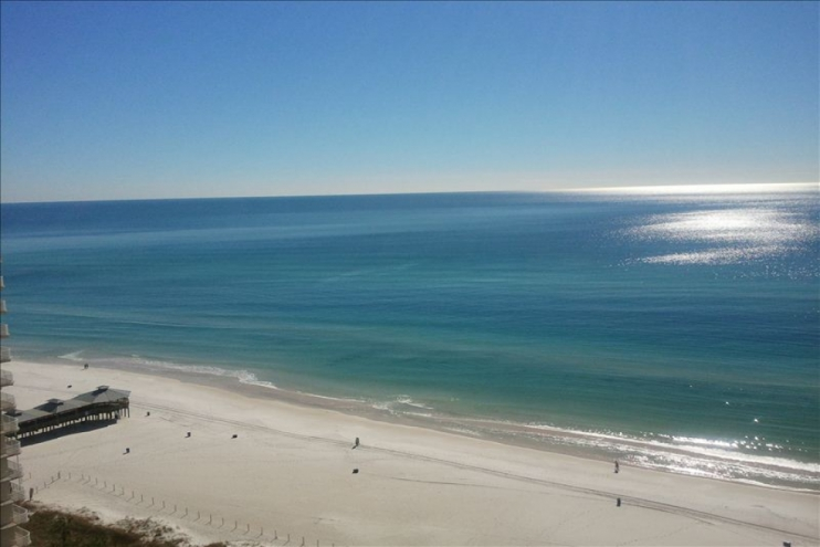 Stunning View of Gulf of Mexico from Balcony 1709