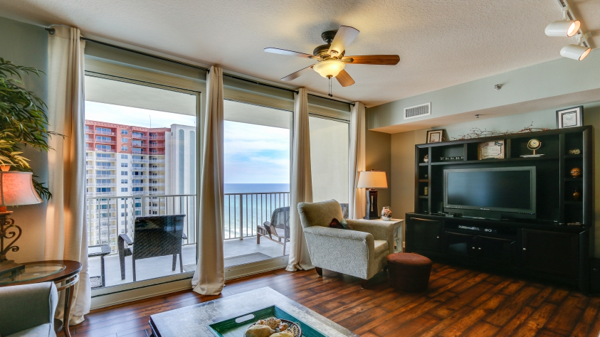 1709 Shores of Panama Living Area