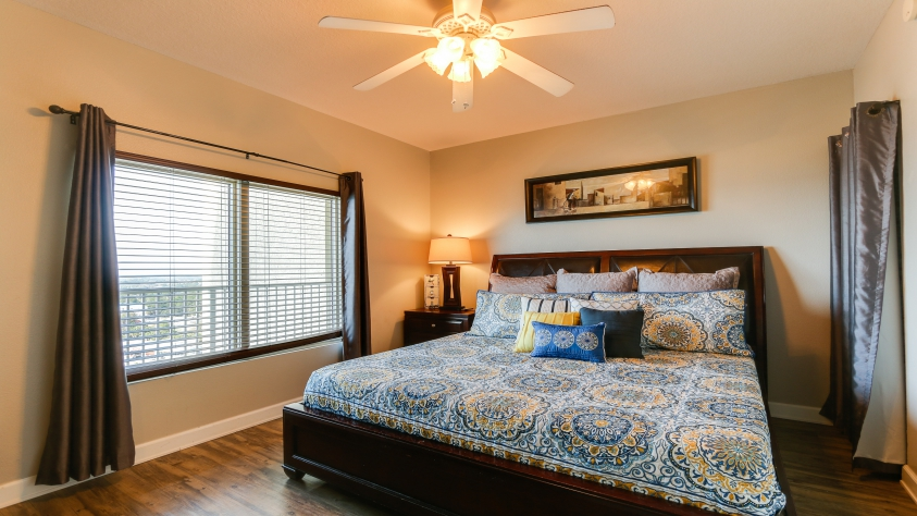 1st Master bedroom  with king size bed.