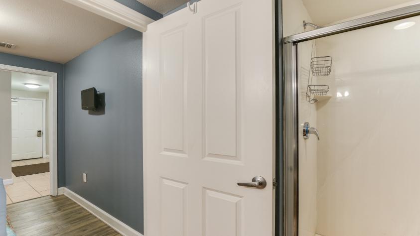 Bunkroom bathroom leads to bunk room