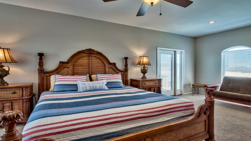 Third Floor Master Bedroom with King Bed and Queen Futon