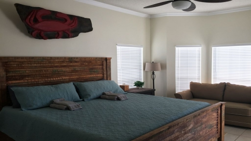 The Beach The Island Our Home 3BR 2BA | {{City}}, {{State}} Vacation Rental | #11