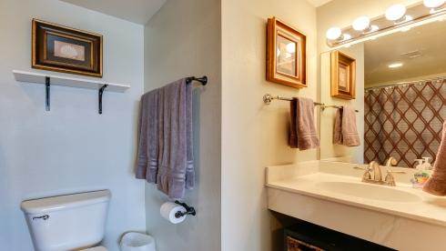 Luxurious 3BR/3 Full bath condo - Thumbnail Image #20
