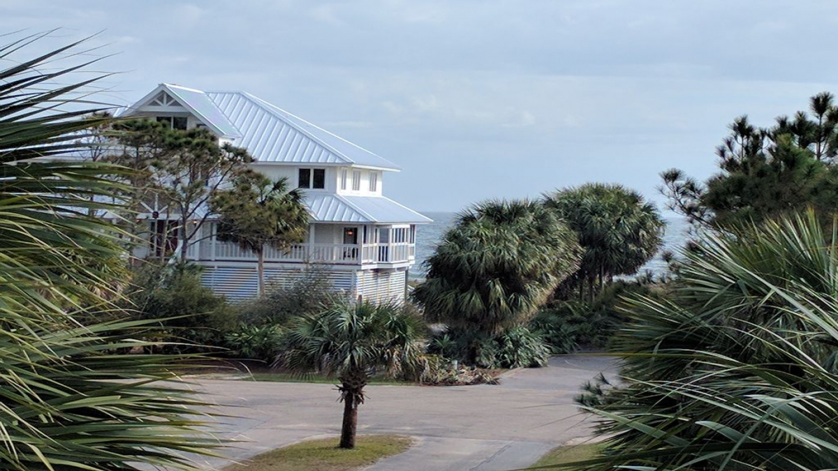St. George Island 4BR 3BA Sleeps 10 | {{City}}, {{State}} Vacation Rental | #1